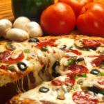 Delektowanie się potrawami włoskimi